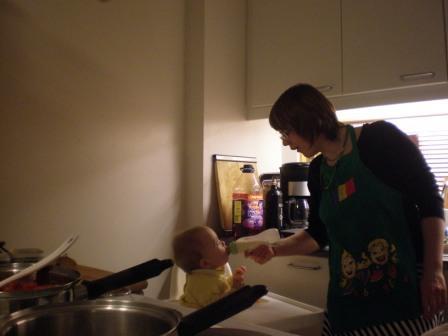 Kindermutti und Köchin !!